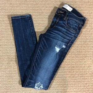 Abercrombie & Fitch Ripped Distressed Skinny Jeans